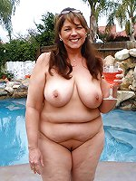 Crazy moms posing naked